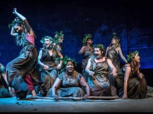 The Chorus in B akkhai Photo credit Marc Brenner
